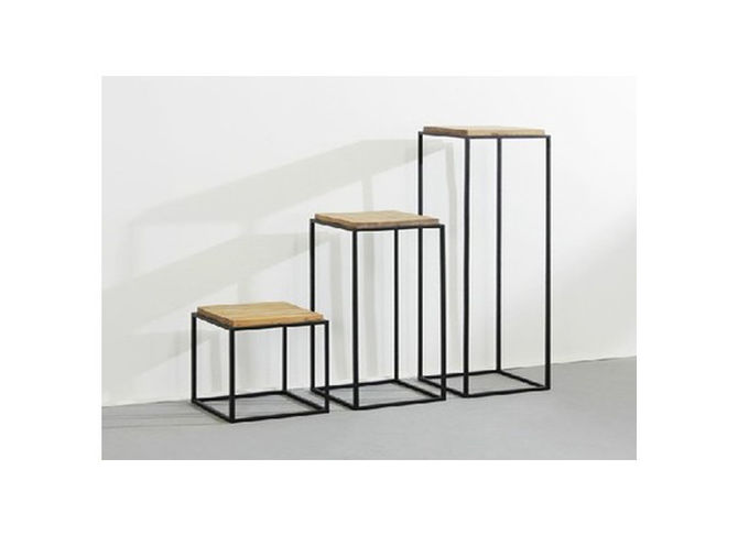 Lightweight Small Clothing Display Table , Simple Style Metal Nesting Tables Movable